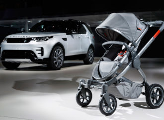 Land Rover en iCandy introduceren All-Terrain-wandelwagen