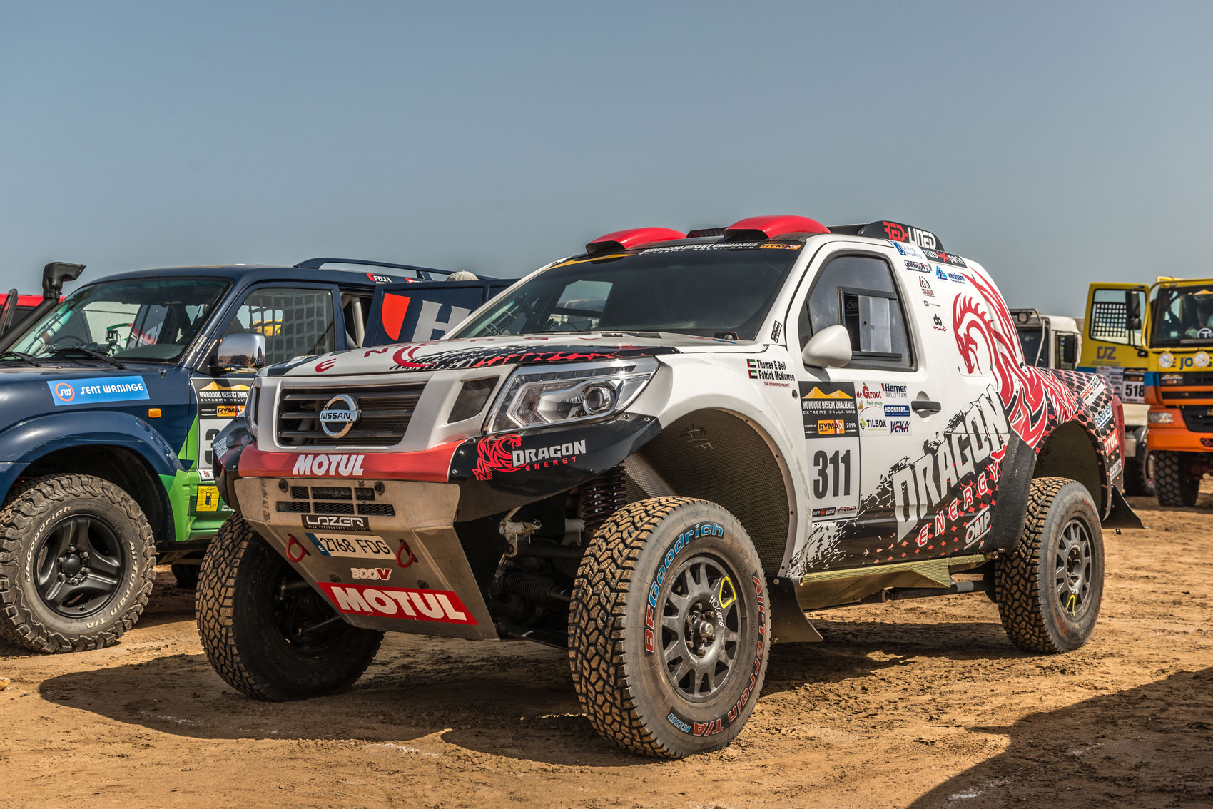 Nissan Navara Red-Lined